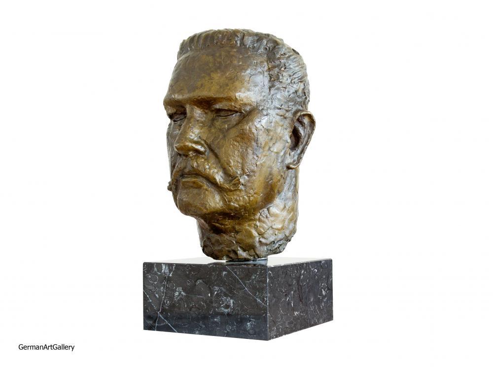 Joseph Enseling, Bust of Hindenburg